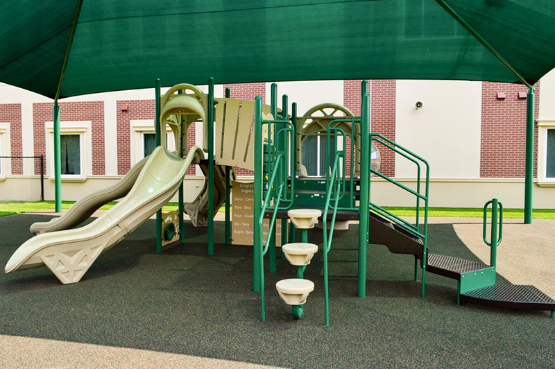 Florida-Charter-School-Playground-Equipment-Shade-Structure-Rubber-Surfacing (20)