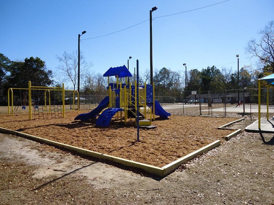 Florida-Church-Playground-Equipment (5)