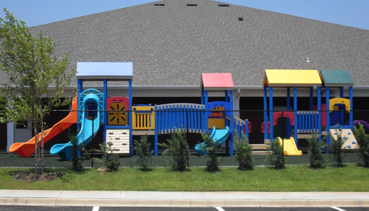Florida Daycare Commercial Playground Equipment Rubber Mulch 16