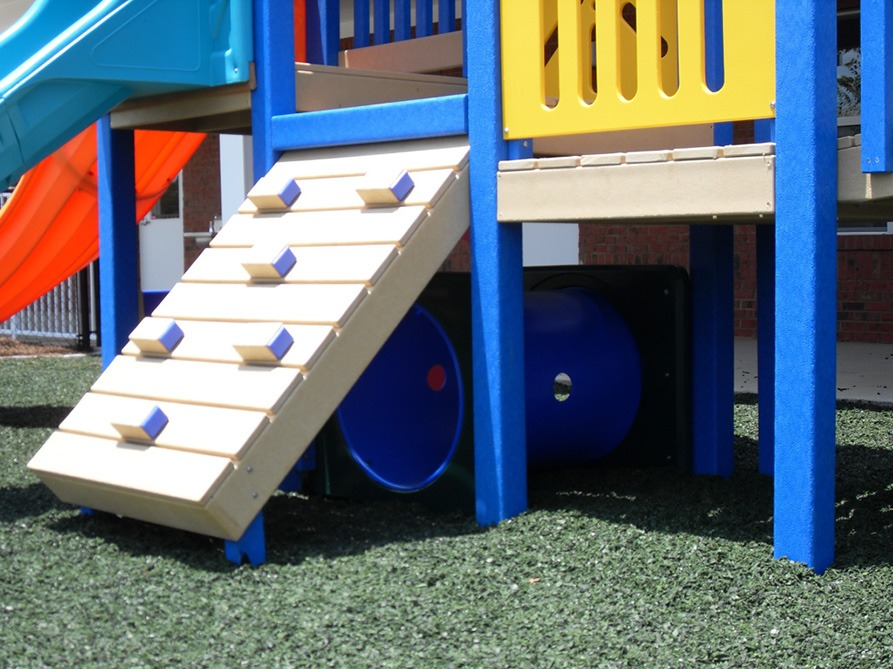 Florida Daycare Commercial Playground Equipment Rubber Mulch 41