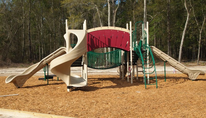 Thomasville Georgia Apartment Complex Playground 15