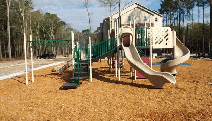 Thomasville Georgia Apartment Complex Playground 5