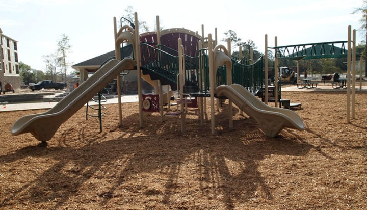 Thomasville Georgia Apartment Complex Playground 9