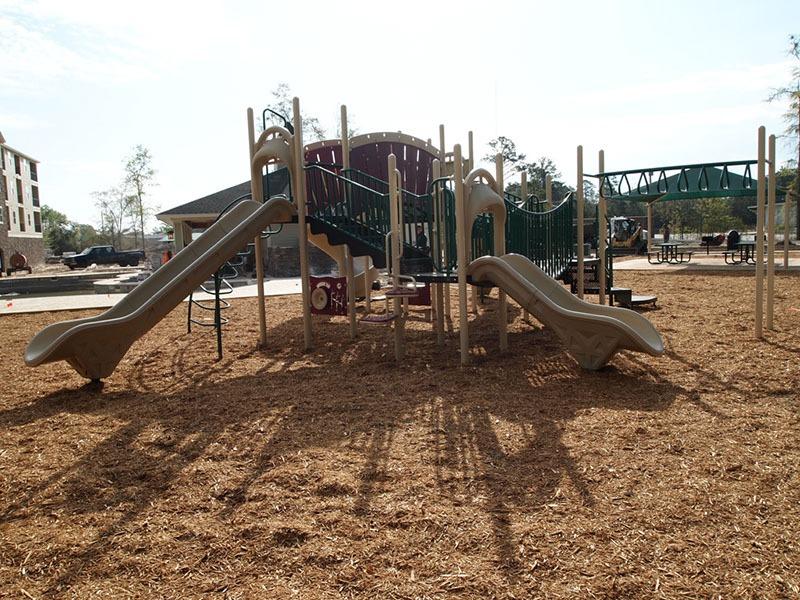 Thomasville Georgia Apartment Complex Playground 9