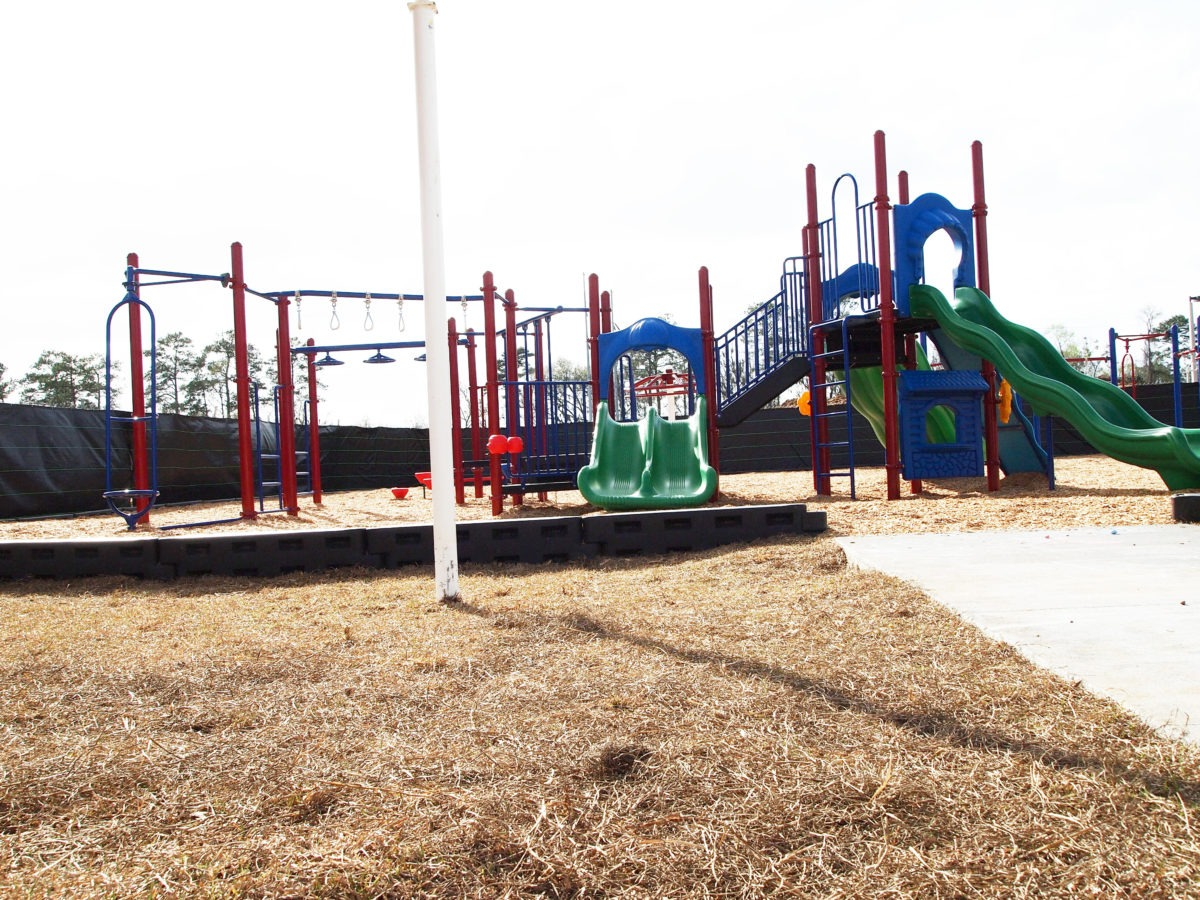 Florida-School-Playground-Equipment-Surfacing-Shades