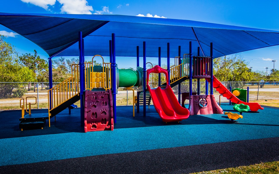 daytona-beach-florida-special-needs-playground (13)