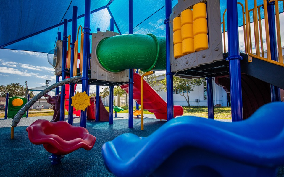 daytona-beach-florida-special-needs-playground (2)