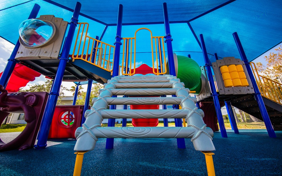 daytona-beach-florida-special-needs-playground (26)