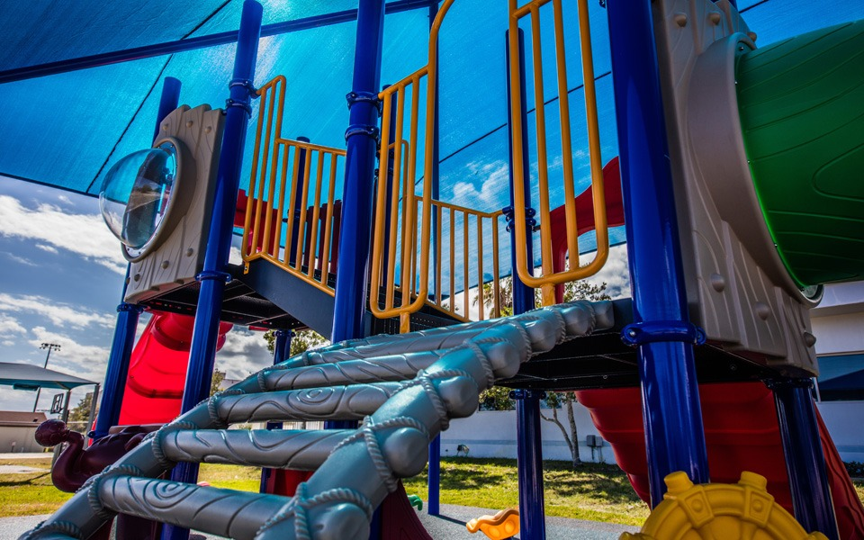 daytona-beach-florida-special-needs-playground (3)