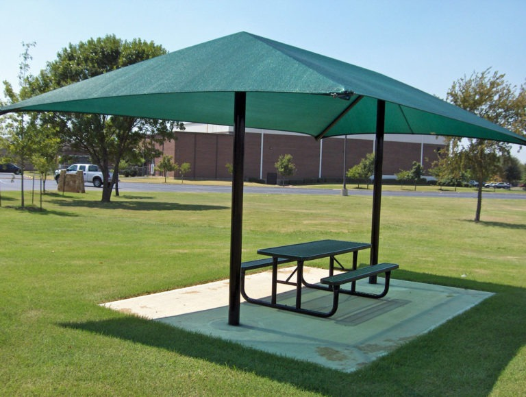 dual column rectangle commercial shade structure 2