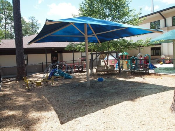 single column square commercial shade structure 2