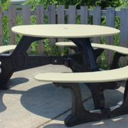 bodega-round-recycled-plastic-picnic-table (5)