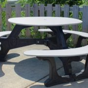 bodega-round-recycled-plastic-picnic-table (7)