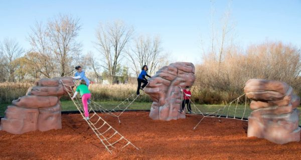 casacade range playground climbing boulder with nets 1