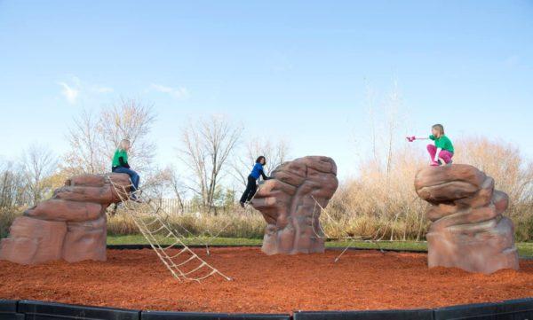 casacade range playground climbing boulder with nets 3