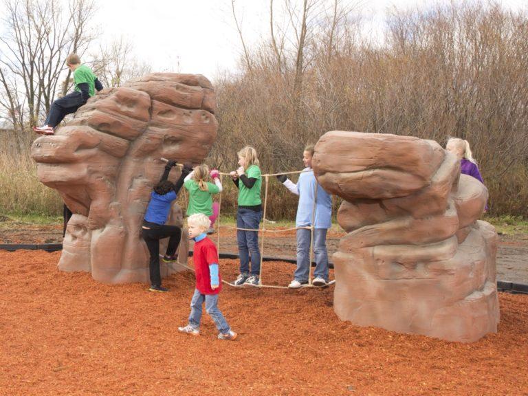 playground climbing boulder with net sierra nevada 1