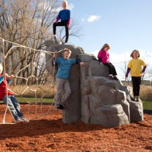 playground-climbing-boulder-with-net-spider-mountain