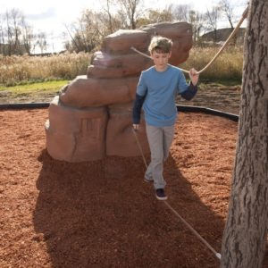 playground-climbing-boulder-with-nets-mount-hayden (1)