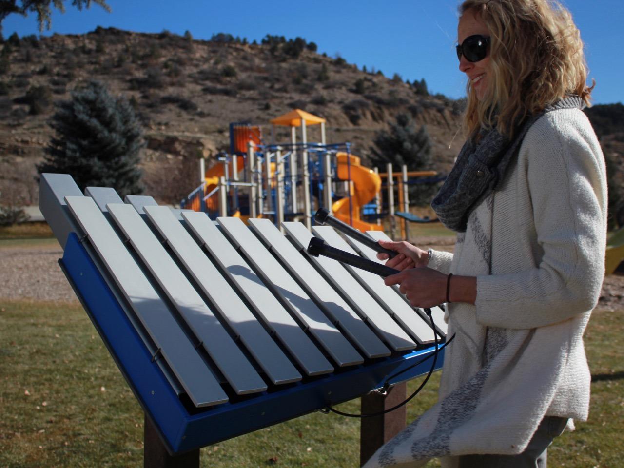 Yantzee Outdoor Playground Instrument 10 Note Bass