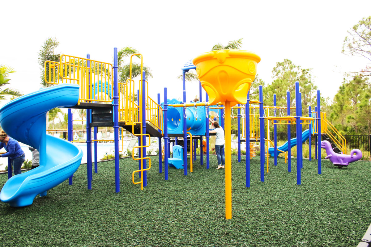 fort-myers-florida-community-playground (1)