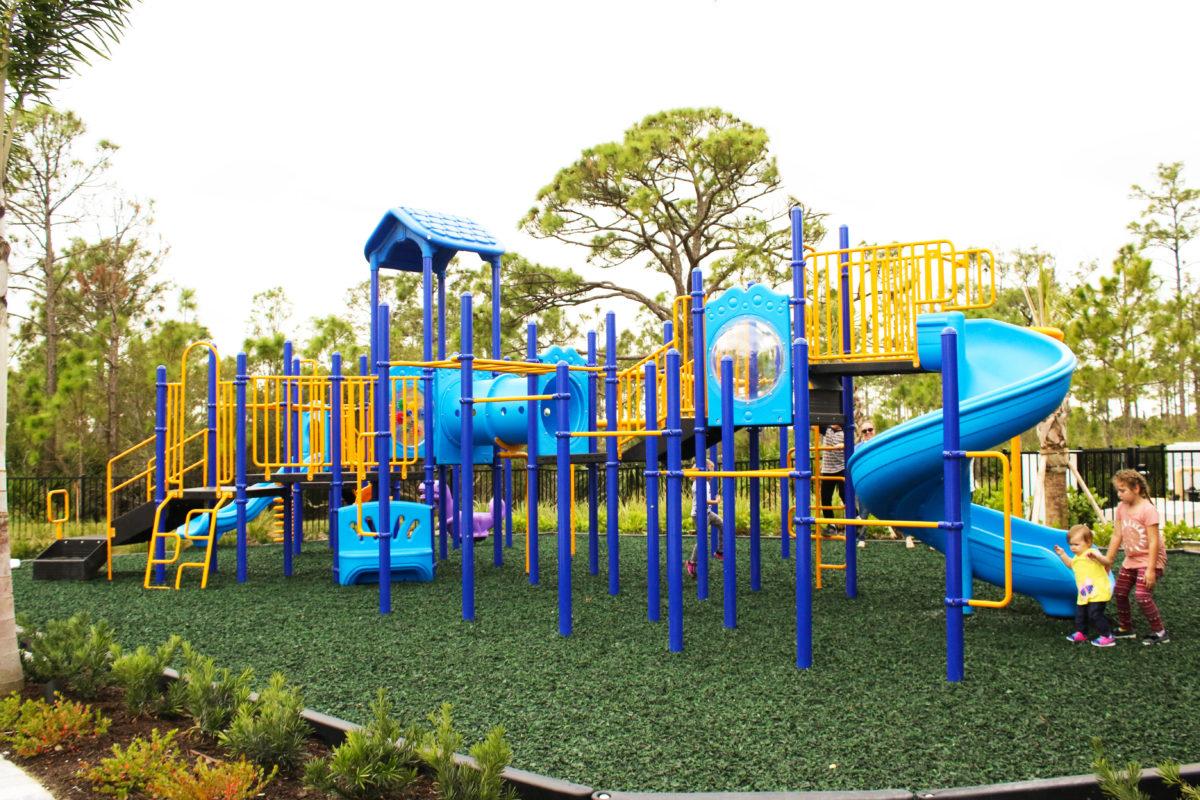 fort-myers-florida-community-playground (2)