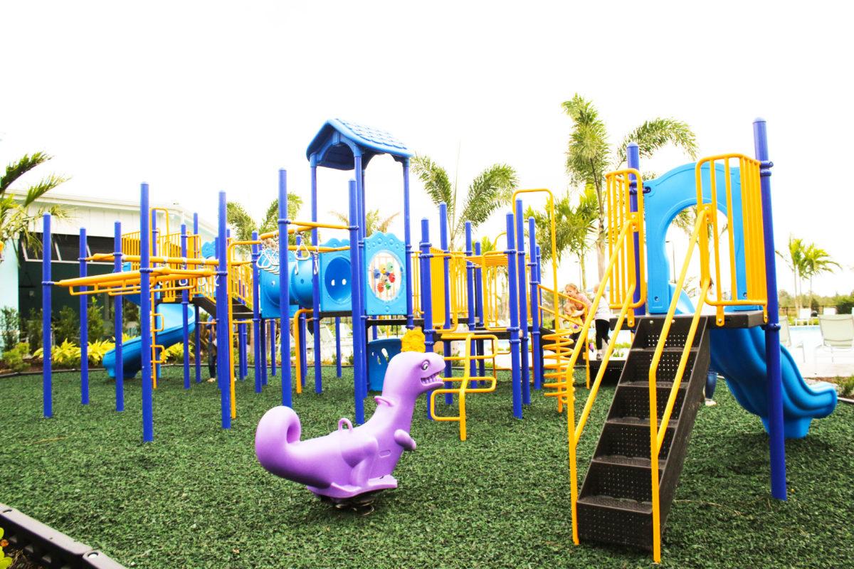 fort-myers-florida-community-playground (4)