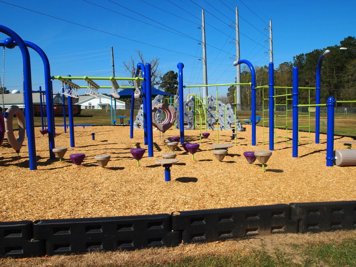 tallahassee elementary school playground with shade covering 13