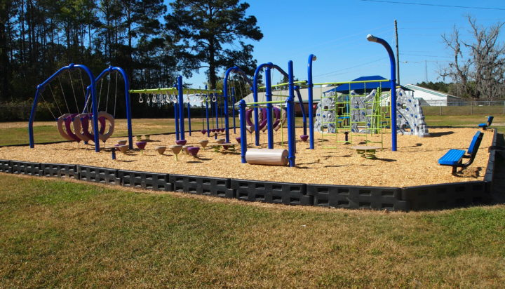 tallahassee elementary school playground with shade covering 32