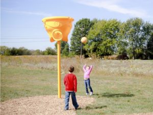 funnel ball game IMG 2070 1000x707
